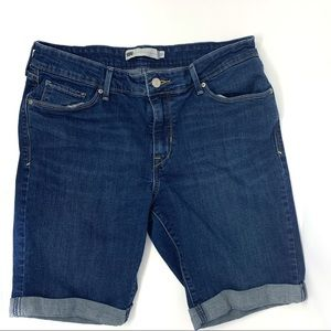 Levi's Denim Knee Length Jean Shorts Size 12